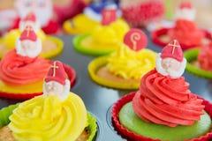 Sinterklaas cupcakes Stock Afbeeldingen