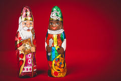 Sinterklaas e pete nero Figure olandesi del cioccolato Immagine Stock
