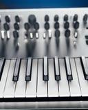 sintetizador análogo metálico fotografia de stock royalty free