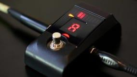 Sintonizador de la guitarra de Digitaces almacen de metraje de vídeo