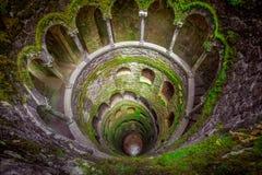 Sintra, Portugal au puits d'initiation Photos stock