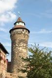 Sinwell torn av den Nuremberg slotten Royaltyfri Foto
