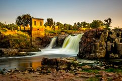 Sioux Falls at sunset. The falls that give their name to the city - Sioux Falls, South Dakota Stock Photos