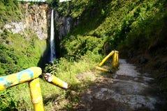 Sipiso-pisowasserfall Stockbild