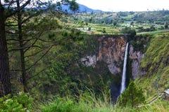 Sipisopiso瀑布,棉兰,印度尼西亚 免版税图库摄影