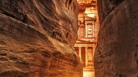 Siq na cidade antiga de PETRA, Jordânia Fotografia de Stock Royalty Free
