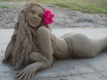 Sirène de sable - plage de Venise - la Californie images stock