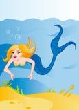 Sirène mignonne de dessin animé sous-marine Photo libre de droits