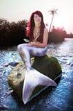 Sirène sur l'île de paradis Photographie stock libre de droits