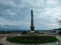 Sir Howard Obelisco de Douglas en la isla Grecia de Corfú Imagen de archivo libre de regalías