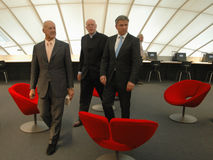 Sir Norman Foster, Dieter Lenzen, Klaus Wowereit Image stock