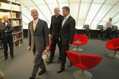 Sir Norman Foster, Dieter Lenzen, Klaus Wowereit Images libres de droits