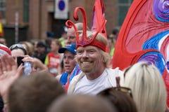 Sir Richard Branson alla maratona 2010 del Virgin di Londra Fotografia Stock
