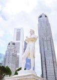 Sir Tomas Stamford Raffles monument Royaltyfri Bild