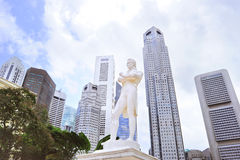 Sir Tomas Stamford Raffles monument. Statue of Sir Tomas Stamford Raffles - best known for his founding of the city of Singapore. He is often described as the Stock Images