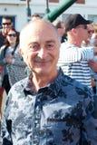 Sir Tony Robinson filmande i Fremantle, västra Au Fotografering för Bildbyråer