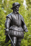 Sir Walter Raleigh Statue à Greenwich Images stock