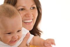 Sira de mãe a carrinhos e a preensões o bebê fotos de stock royalty free