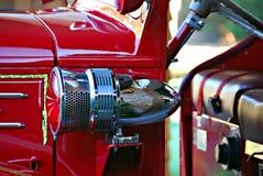 Sirena antigua del coche de bomberos imágenes de archivo libres de regalías