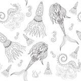 Sirena, cavalluccio marino e calmar ornamentali disegnati a mano, senza cuciture, modello scuro della sirena, ragazza con alto in Immagine Stock