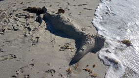 Sirena de la arena en la playa Varadero Cuba foto de archivo