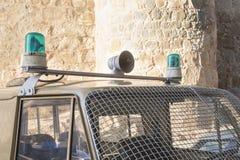 Sirenes e luzes de um carro de polícia velho Fotografia de Stock Royalty Free