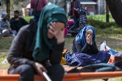 Sirian flyktingar som blockeras i Idomeni Arkivbild