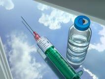 Siringa e injectabilia Immagini Stock