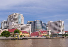 Siriraj hospital under blue sky. BANGKOK, THAILAND - SEPTEMBER 21, 2014: Siriraj hospital is the first hospital and medical shool in Thailand, placed at the West Royalty Free Stock Photography