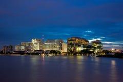 Siriraj szpital z zmierzchu światłem w Bangkok Tajlandia zdjęcie stock