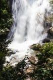Sirithan vattenfall, Doi Inthanon nationalpark, Chiang Mai Royaltyfri Fotografi