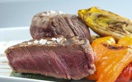 Sirlion wołowiny stek z piec na grillu pieprzem Fotografia Stock