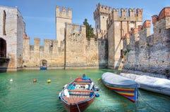 古老城堡意大利sirmione 免版税库存照片