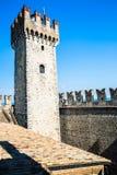 Αρχαίοι τοίχοι πόλεων σε SIRMIONE Στοκ εικόνα με δικαίωμα ελεύθερης χρήσης