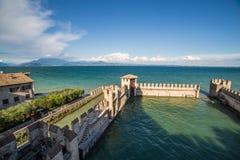 Sirmione Garda sjö, Italien Arkivfoton