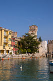 Sirmione na Jeziornym Gardzie w Północnym Włochy Obraz Royalty Free