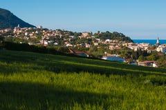 Sirolo miasto na Adriatic morzu Zdjęcia Royalty Free