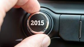 Sirva el torneado de un dial con la fecha 2015 Fotos de archivo libres de regalías