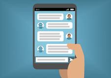 Sirva la comunicación con bot de la charla vía Instant Messenger como ejemplo de la inteligencia artificial Fotografía de archivo