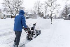 Sirva la eliminación de nieve con un ventilador de nieve #3 Fotos de archivo libres de regalías
