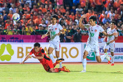 SISAKET TAILÂNDIA 18 DE FEVEREIRO: Tatree Seeha de Sisaket FC (orangotango Foto de Stock Royalty Free