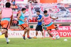 SISAKET TAILÂNDIA 29 DE OUTUBRO: Alongkorn Pratoomwong de Sisaket FC Fotos de Stock Royalty Free