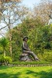 SISAKET, TAILANDIA 14 DE FEBRERO DE 2019: Estatua de princesa Srinagarindra de HRH en el parque de Somdej Phra Srinagarindra, Sis imágenes de archivo libres de regalías