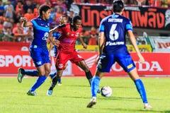 SISAKET THAILAND 12. AUGUST: Adefolarin Durosinmi von Sisaket FC Lizenzfreies Stockfoto