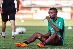 SISAKET THAILAND-AUGUST 3: Belix Kasongo av BEC Tero Sasana FC Arkivfoton