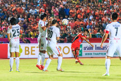 SISAKET THAILAND-FEBRUARY 18: Chompoo Sangpo of Sisaket FC. shoo Royalty Free Stock Photos
