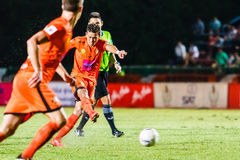 SISAKET 23 THAILAND-JULI: Santirat viang-binnen van Sisaket FC Royalty-vrije Stock Fotografie