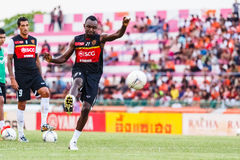SISAKET THAILAND-JUNE 8: Dagno Siaka of Muangthong Utd. Stock Images