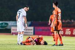 SISAKET THAILAND-OCTOBER 15: Chatchai Mokkasem av Sisaket FC Royaltyfri Fotografi