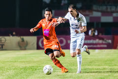 SISAKET Thailand-Oktober 15: Carmelo Gonzalez av Buriram Utd Royaltyfri Foto
